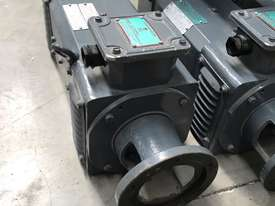 1.5 kw 2 hp 1500 rpm 180 volt 80L frame DC Electric Motor - picture4' - Click to enlarge