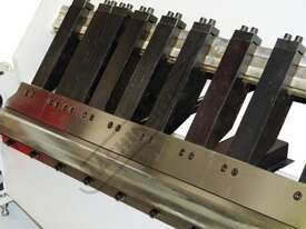 PB-825A Hydraulic NC Panbrake - NC-89 Control 2500 x 2.5mm Mild Steel Bending Capacity - picture7' - Click to enlarge