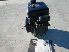 Robin EY08 2.0HP 4 Stroke Petrol Engine - 2014586 - picture3' - Click to enlarge
