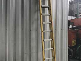 Branach Fiberglass & Aluminum Extension Ladder 3.3 to 5.2 Meter Industrial Quality - picture1' - Click to enlarge