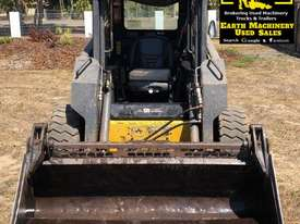 Used 2004 New Holland LS170 Wheeled SkidSteers in , - Listed