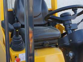 UNUSED HT35J Articulated Mini Wheel Loader with Perkins Engine complete with GP Bucket & Pallet Fork - picture1' - Click to enlarge