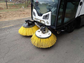 MacDonald Johnston CN201 Sweeper Sweeping/Cleaning - picture16' - Click to enlarge