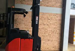 National Forklifts-Linde Late Model R14 8.2m 2012 Battery Low Hours Great Con !!
