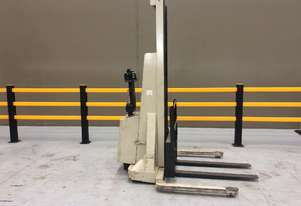 Electric Forklift Walkie Stacker M Series 1984