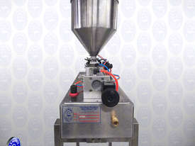 Flamingo Bench-top Piston Filler with Stand - picture2' - Click to enlarge