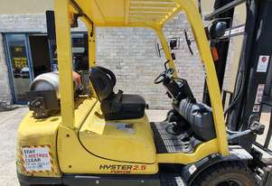 Hyster H2.5TX 2.5t 2 stage 4.55m mast