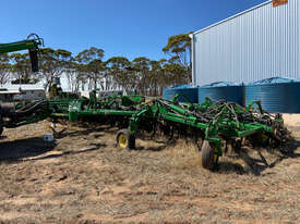 2013 John Deere 1870 ConservaPak Air Drills - picture0' - Click to enlarge
