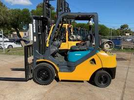 Komatsu Forklift truck - picture0' - Click to enlarge