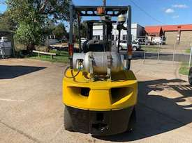 Komatsu Forklift truck - picture2' - Click to enlarge
