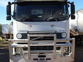 Volvo FH12 - 460 Prime Mover - picture0' - Click to enlarge