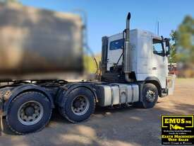 Volvo FH12 - 460 Prime Mover - picture2' - Click to enlarge