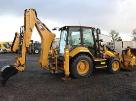 Caterpillar 432F2 Backhoe Loader - picture1' - Click to enlarge