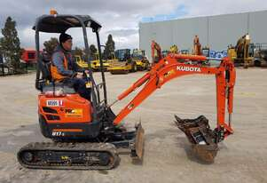 KUBOTA U17-3 MINI EXCAVATOR WITH LOW 250 HOURS