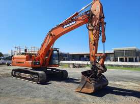 Doosan DX340LC With GP Bucket & Tilting Mud Bucket - picture1' - Click to enlarge