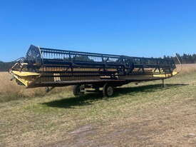 Honey Bee 994 - 36 foot Draper Front Header - picture0' - Click to enlarge