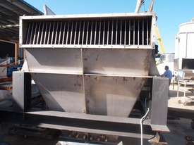 Powder Hopper. - picture1' - Click to enlarge