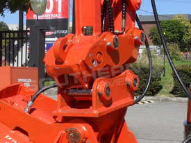 Hydraulic Quick Hitch Suits 4 Ton Kubota KX121 Excavators PP238  - picture3' - Click to enlarge
