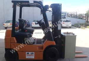 Toyota Forklifts ALH330