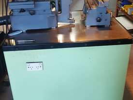 Form Cutter Grinding Machine - picture0' - Click to enlarge
