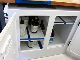 Safety Cabinet - picture4' - Click to enlarge