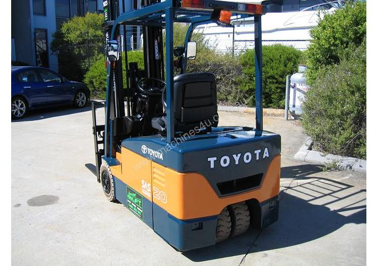 Toyota 7FBE20 Battery/Electric forklift with 6 mtr lift