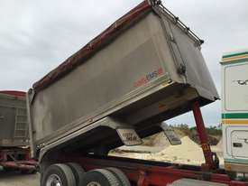 2010 Western Star 4800FX 6x4 Tipper Truck & 2010 7.8 M Lusty EMS Quad Dog Tipping Trailer - picture9' - Click to enlarge