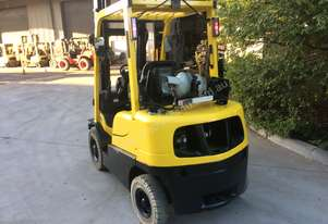 2.5T Counterbalance Forklift With Rotator