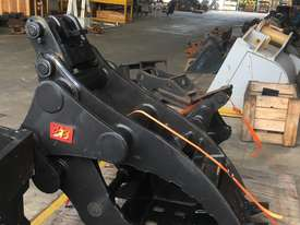 Excavator Buckets  - picture2' - Click to enlarge