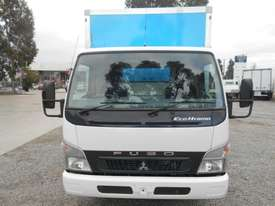 Mitsubishi Canter Hybrid Pantech Truck - picture2' - Click to enlarge