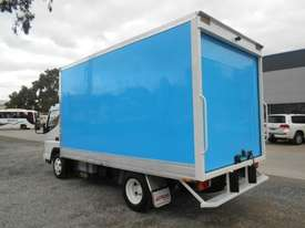Mitsubishi Canter Hybrid Pantech Truck - picture5' - Click to enlarge