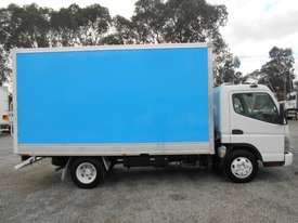 Mitsubishi Canter Hybrid Pantech Truck - picture8' - Click to enlarge