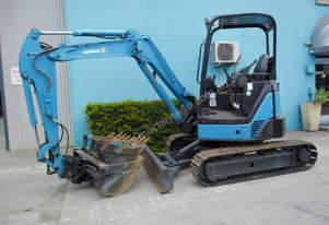 3.5 Tonne Airman Excavator for HIRE with Buckets & Ripper