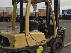 Diesel 2.5 Ton forklifts Hyster - picture2' - Click to enlarge