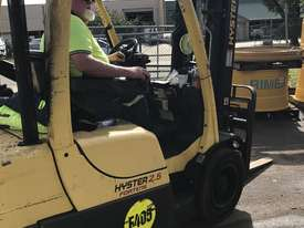 Diesel 2.5 Ton forklifts Hyster - picture12' - Click to enlarge