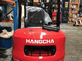 HC Brand New Forklift Diesel 3Ton Container Entry Mast $23550+ gst - picture2' - Click to enlarge