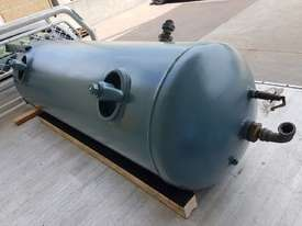 INGERSOLL RAND 2016 Screw Compressor 22Kw In-Built Dryer/Tank UNDER 100 HOURS USE. AIR DRYERS/TANKS - picture15' - Click to enlarge