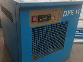 INGERSOLL RAND 2016 Screw Compressor 22Kw In-Built Dryer/Tank UNDER 100 HOURS USE. AIR DRYERS/TANKS - picture12' - Click to enlarge