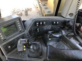 2012 Caterpillar D10T - picture4' - Click to enlarge