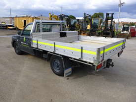 2005 Mazda B2600 4x2 Single Cab Tray Back Utility - In Auction - picture6' - Click to enlarge