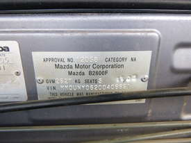 2005 Mazda B2600 4x2 Single Cab Tray Back Utility - In Auction - picture11' - Click to enlarge