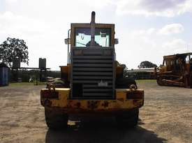 Volvo L90B tool carrier/loader - picture3' - Click to enlarge