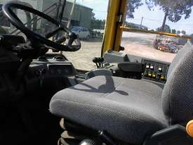 Volvo L90B tool carrier/loader - picture11' - Click to enlarge