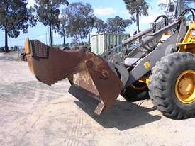 Volvo L90B tool carrier/loader - picture13' - Click to enlarge