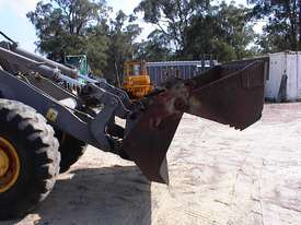 Volvo L90B tool carrier/loader - picture15' - Click to enlarge