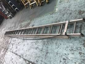 Mote Aluminum Extension Ladder 5.60 to 9.90 Meters Industrial Quality - picture6' - Click to enlarge