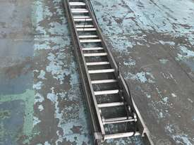Mote Aluminum Extension Ladder 5.60 to 9.90 Meters Industrial Quality - picture9' - Click to enlarge