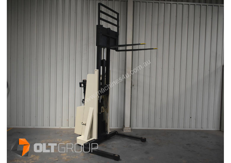 Used Crown Walkie Stacker 1 Tonne Lift Truck Container Mast Full Free Lift