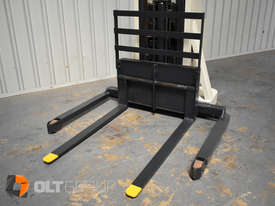 Used Crown Walkie Stacker 1 Tonne Lift Truck Container Mast Full Free Lift  - picture12' - Click to enlarge