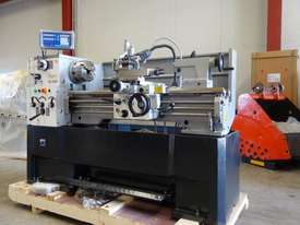 410mm Swing Centre Lathe, 52mm Spindle Bore - picture4' - Click to enlarge